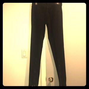 BCBG black zipper back jeans size 28